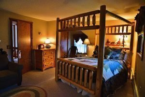 Whitetail Room
